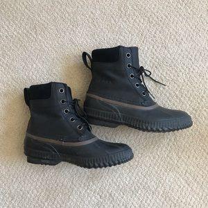 Cheyanne lace full grain SOREL boots like new!